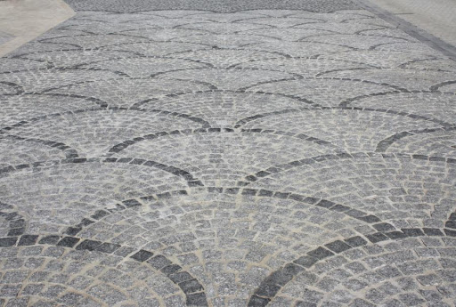 pavé portugais queue de paon